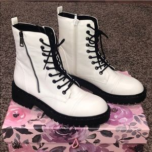🥾Forever 21 White Combat Boots🥾